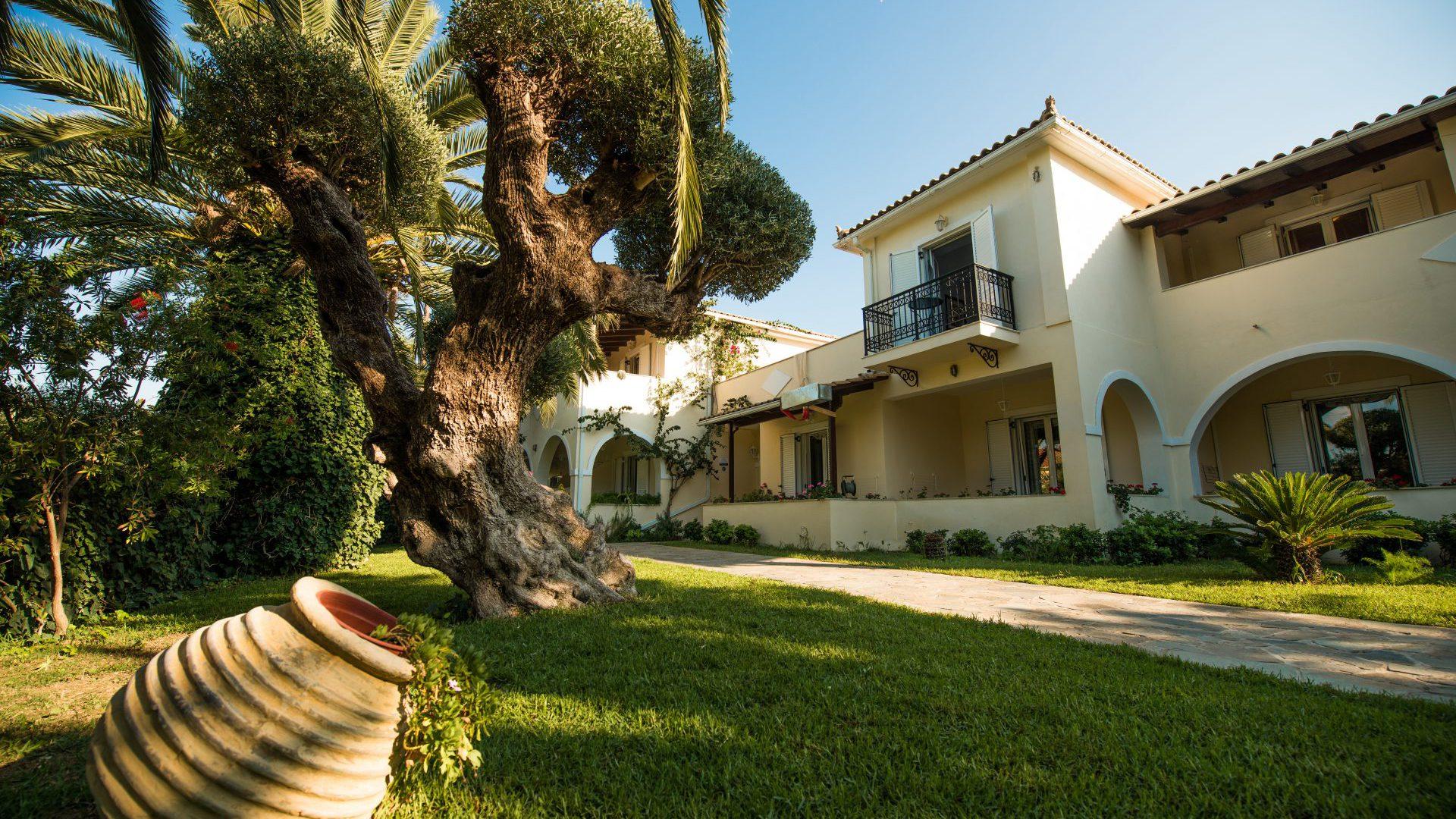 Villa Phoenix Apartments & Studios